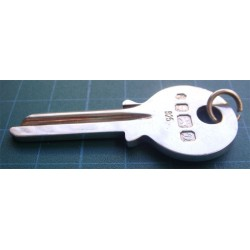 İngiliz gümüş anahtar kolye ucu